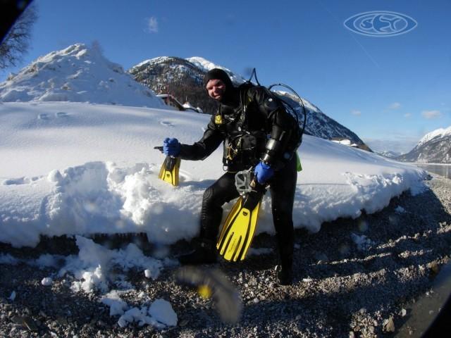 Ice Diving - Eis tauchen - Schwimmen Tauchen Tirol