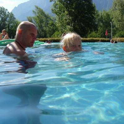 Schwimmen lernen mit Kinder